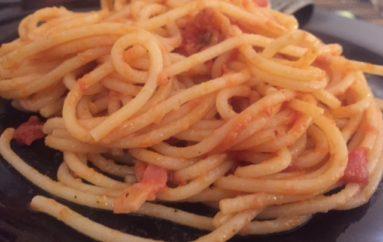 Spaghetti a la Amatriciana, tributo a Amatrice