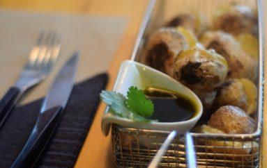Papas arruga con mojo rojo picón, receta canaria de Sagasta 28 Bistró & Gourmet